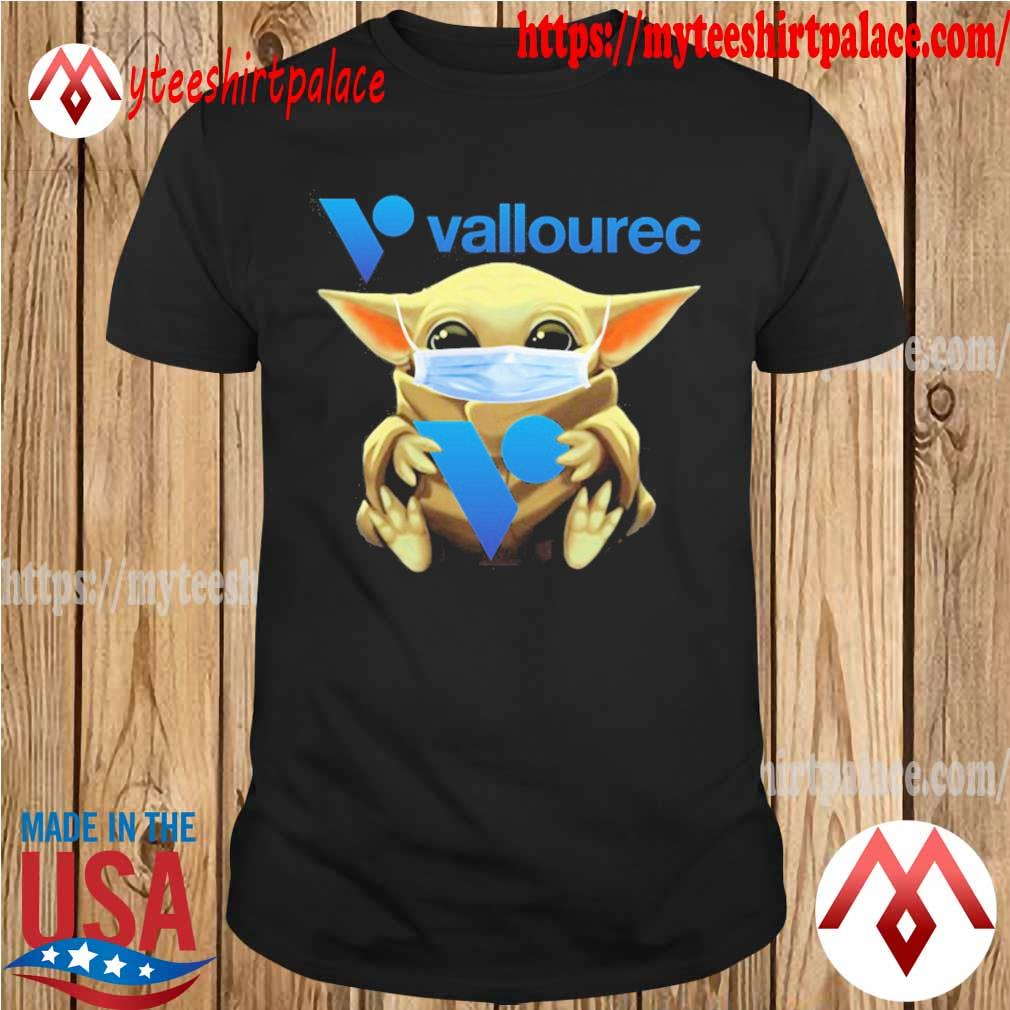 Baby Yoda face mask hug Vallourec shirt