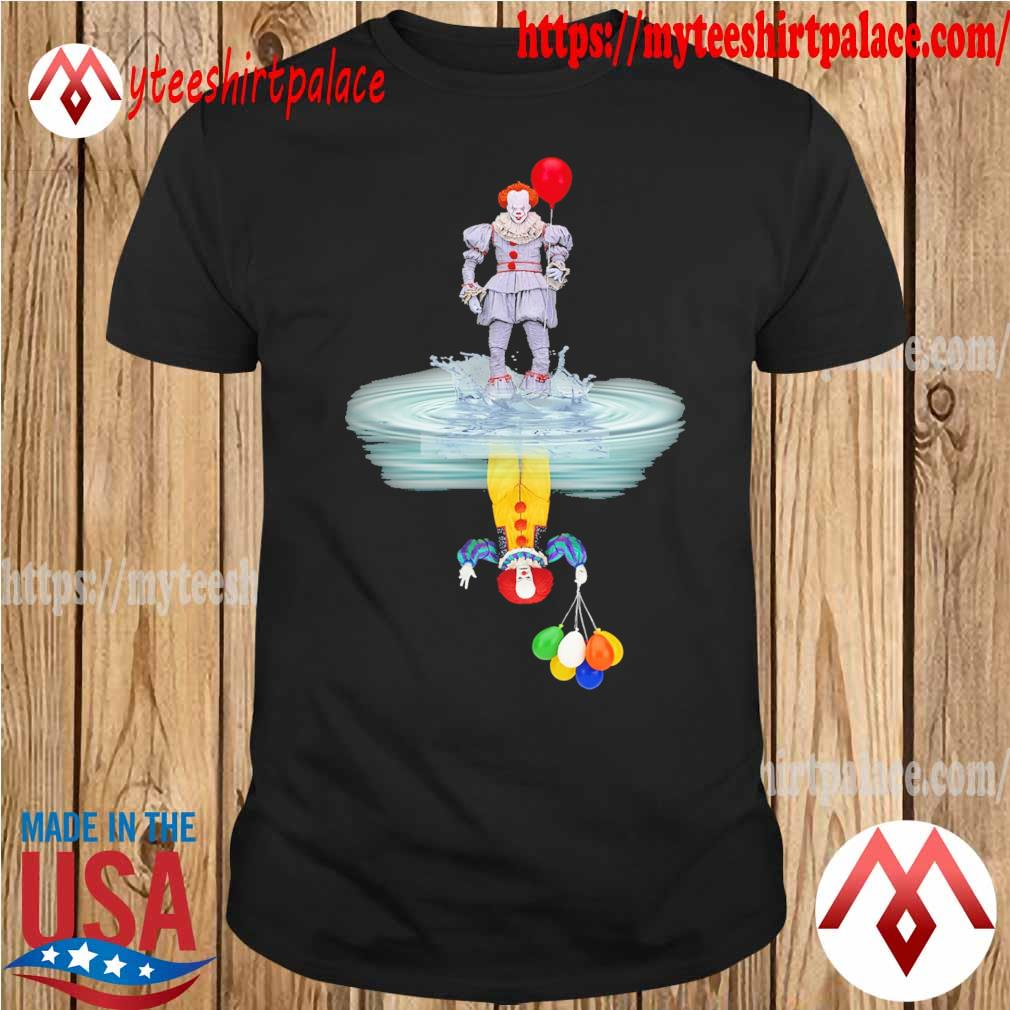 Pennywise reflection mirror water Stephen King shirt